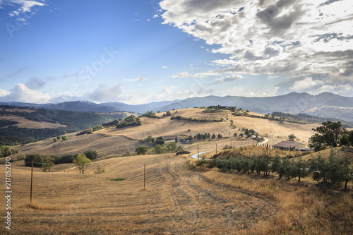 Fotobehang Toscane Landscape near Pomerance in Tuscany, Italy.