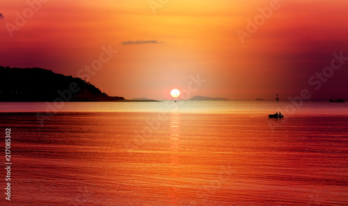 Foto Spatwand Rood Photo landscape sunset at the sea
