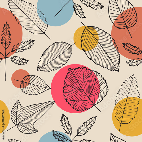 Vector leaves seamless pattern, hand drawn autumn background. - 217097740