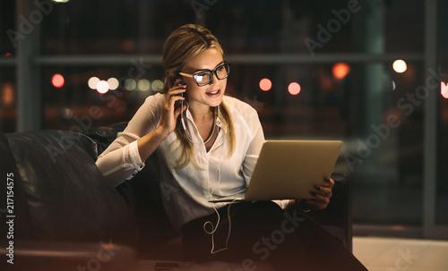 Leinwandbild Motiv Businesswoman doing video call in office