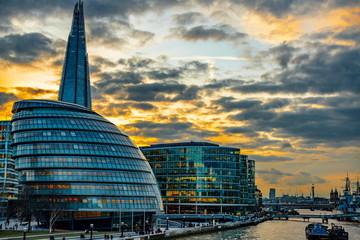 london city skyline © Iliya Mitskavets