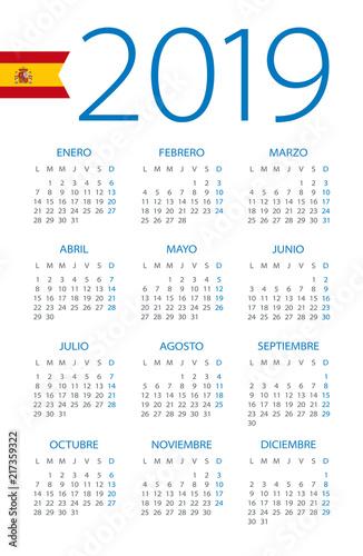 Calendar 2019 - illustration. Spanish version