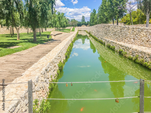Canvas Pistache beautifull river landscape park turia italy