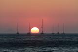Coucher de Soleil sur l'île de Santorin dans les Cyclades Grecques - 217515991