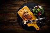 Grilled chicken fillet and vegetables - 217517952