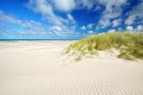 Freiheit am weiten Strand