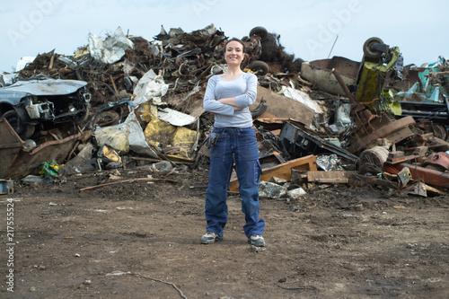 Foto Murales Portrait of female scrap yard worker