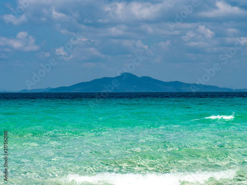 Plexiglas Tropical strand ocean and mountain