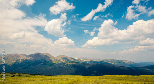 Mountains along trail ridge road - 217770916