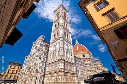 Leinwanddruck Bild Majestic cathedral Santa Maria del Fiore in Florence