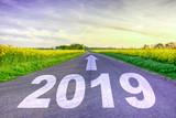 2019 Straßenmarkierung