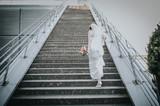 Braut beim Auftsieg