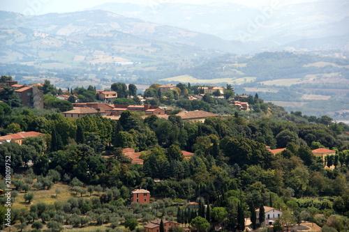 Canvas Blauwe hemel Italian landscape