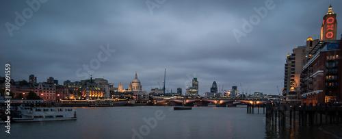 London - 218091559