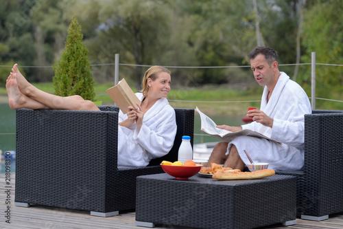 Foto Murales couple on luxury travel