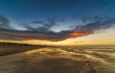 Sonnenuntergang an der Nordsee bei Cuxhaven
