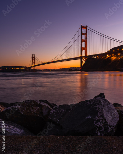 Fototapeta Sunset behind the Golden Gate Bridge