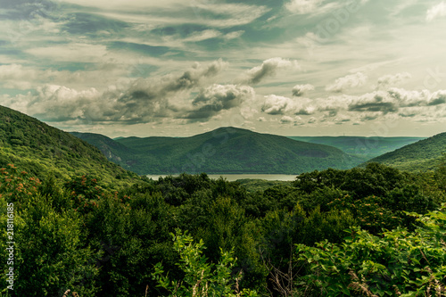 Aluminium Beige Views of Storm King