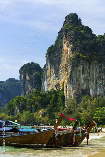 Plexiglas Thailand Longtailboote am Railay-beach in Krabi, Thailand