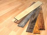 New planks of oak parquet - 218735727