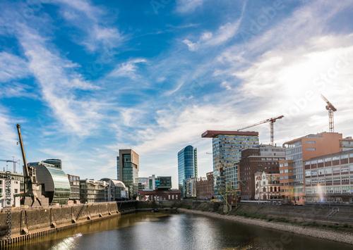 Leinwanddruck Bild Düsseldorf Medienhafen