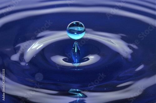 Goccia d'acqua - 219153333