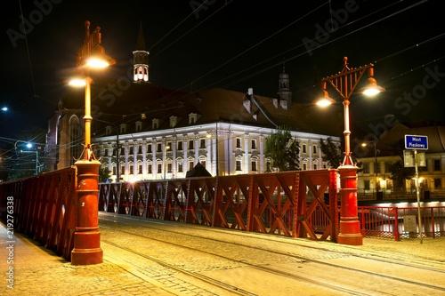 Zdjęcia na płótnie, fototapety na wymiar, obrazy na ścianę : City of Wroclaw by night. Poland