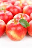Äpfel Apfel Frucht Früchte Obst mit Blättern Hochformat Hintergrund - 219553960