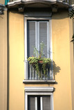 facade,building,old,window,external,house,wall,balcony,front