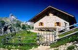 malga grava rifugio alpino tre cime di lavaredo dolomiti di sesto alpi parco naturale regionale trentino alto adige