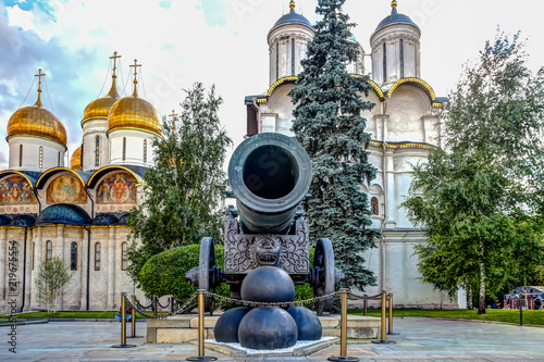 Canon and canon balls in the Kremlin - 219675554