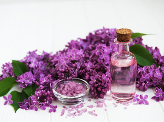 spa products and lilac flowers © almaje