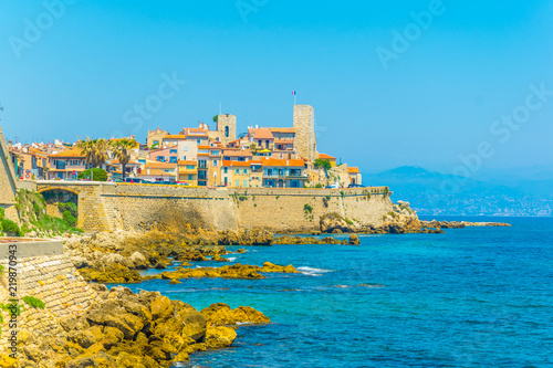 Leinwanddruck Bild Seaside view of Antibes, France