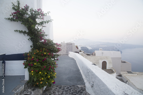 Fototapeta White architecture on Santorini island, Greece. Beautiful summer landscape, sea view.