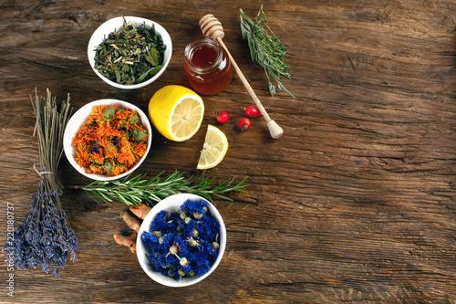 Leinwanddruck Bild Natural alternative remedies