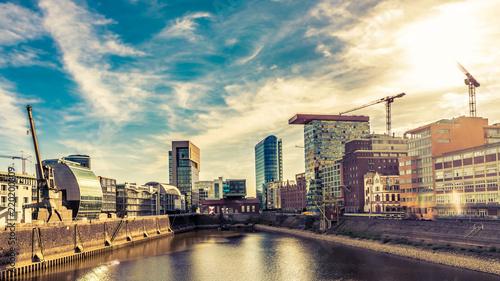 Leinwanddruck Bild Panorama Medienhafen Düsseldorf