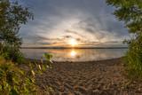 Sonnenuntergang am Strand - 220258389