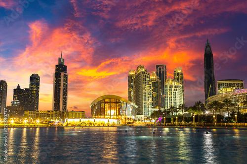 Leinwanddruck Bild Dubai downtown at night