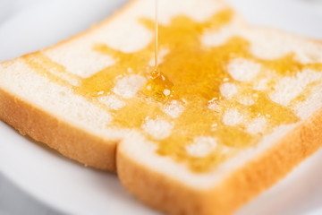 Sliced bread with honey topping