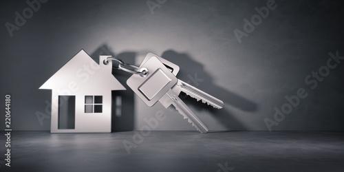 Srebrny klucz z zawieszką w formie domu
