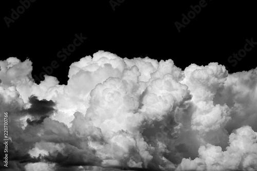 Chmury na czarno