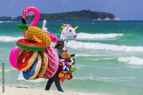 Verkauf von aufblasbaren Schwimmhilfen, Thailand