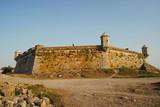 Vista de castelo no litoral norte português - 220875367
