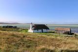 historische Haus mit Stall, Malacleit, Nord Uist, Hebriden - 221198716