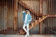Leinwanddruck Bild - Stylish woman portrait representing urban youth lifestyle