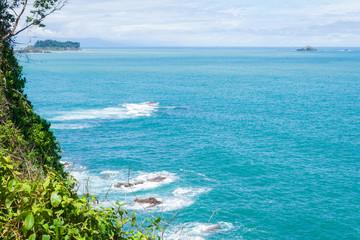 vue sur l'océan avec ilot © AnneLaure