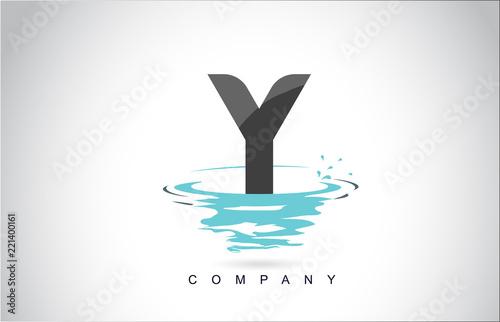 Fototapeta Y Letter Logo Design with Water Splash Ripples Drops Reflection