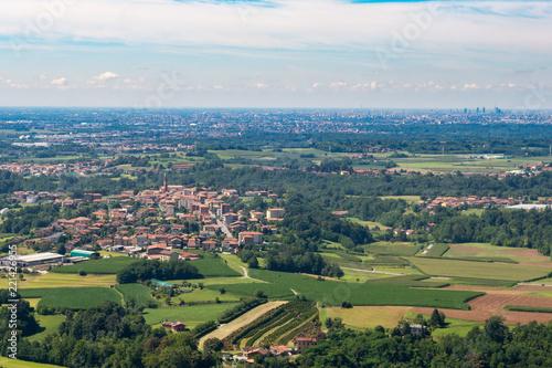 Panorama aereo della Pianura Padana © vpardi