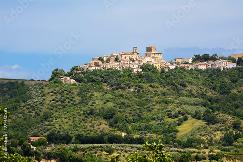 Catignano, village in the Abruzzo countryside