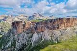Felswände, Hochplateau, Dolomiten, Südtirol - 221470792